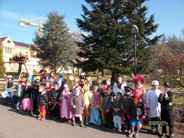 C'était Mardi Gras à l'école dans Vie scolaire Carnaval1_1
