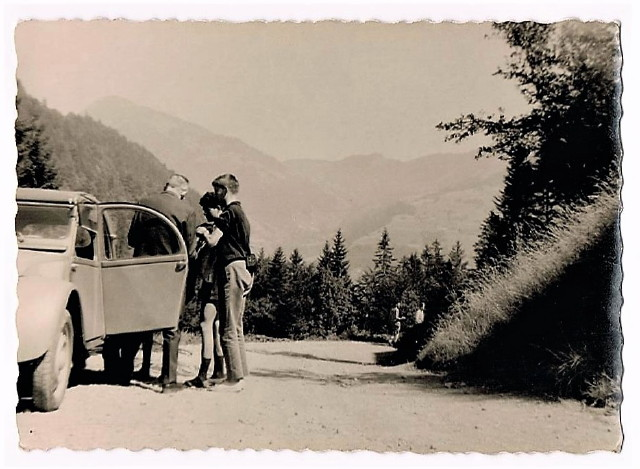 1964 Morzine le ravitaillement 002_1_1