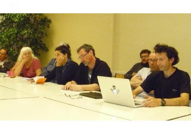 visages-fermes-pour-certains-membres-de-l-assemblee-au-terme-d-une-heure-de-debat-la-seance-s-est-cloturee-a-22-h-photo-sandrine-fene-1554482576_1